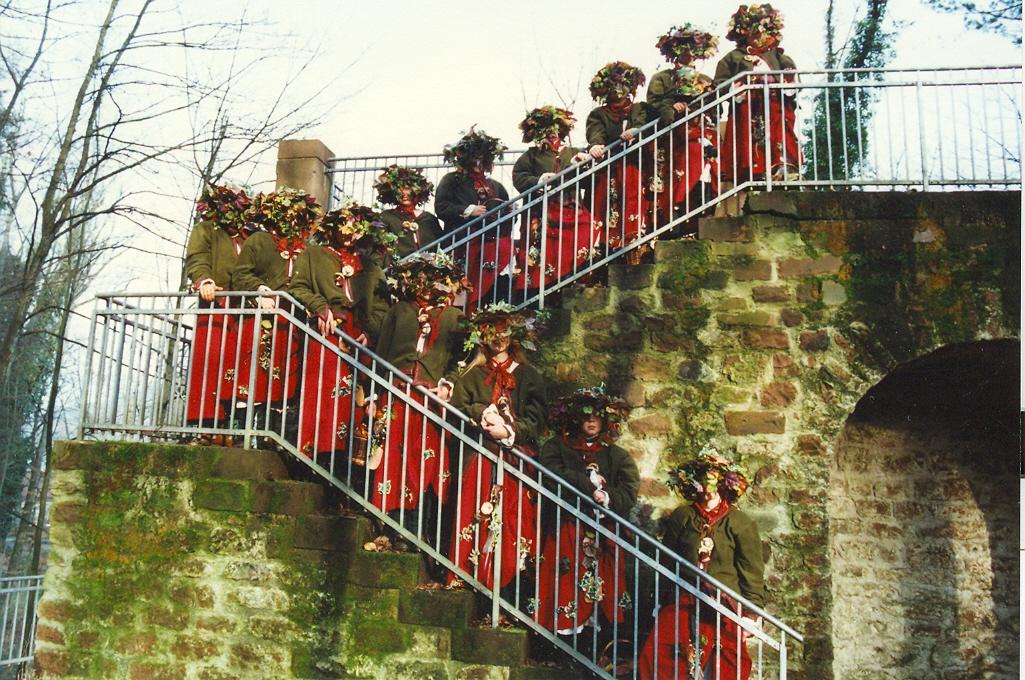 Gruendung Treppe mit Hueten